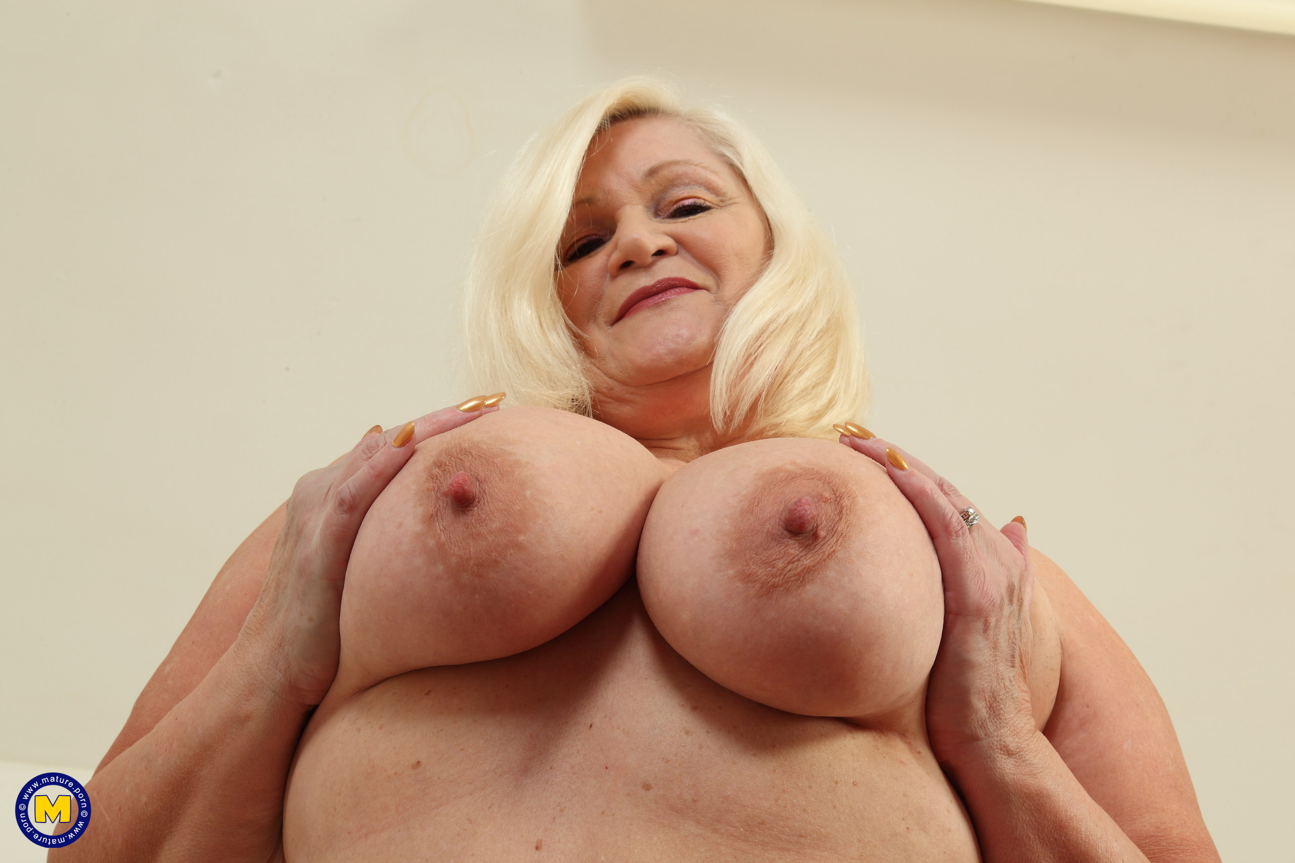 Lacey starr gets her granny ass fucked 10